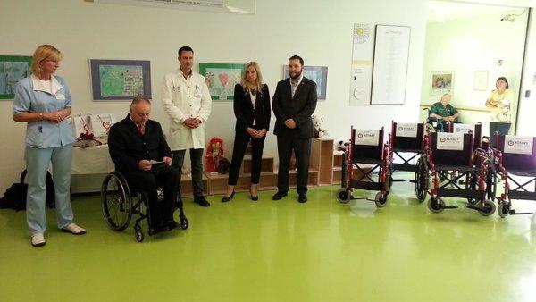 Donacija invalidskih vozičkov