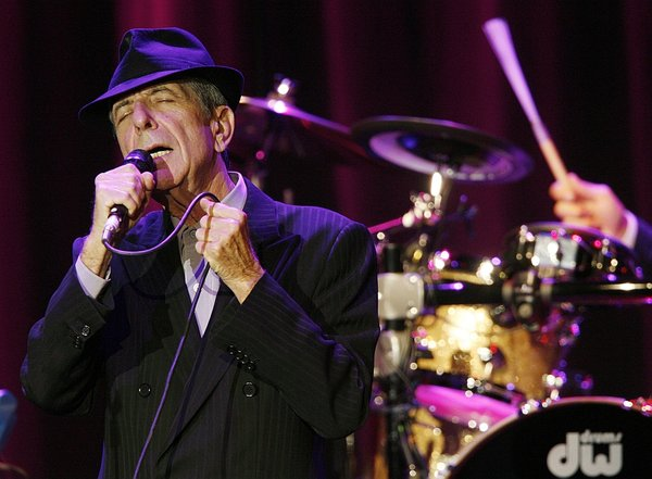 Leonard Cohen na odru