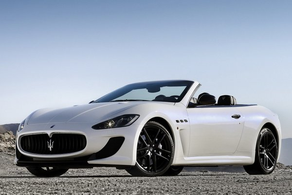 Maserati GrandCabrio MC Stradale - 3