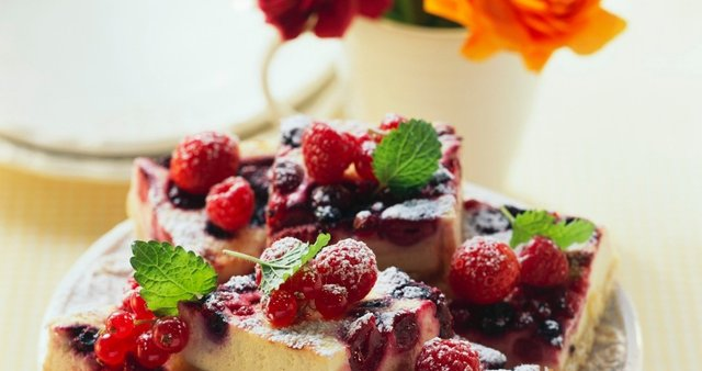 Cheesecake rezine z jagodičjem