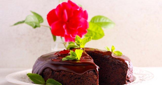 Veganska čokoladna torta