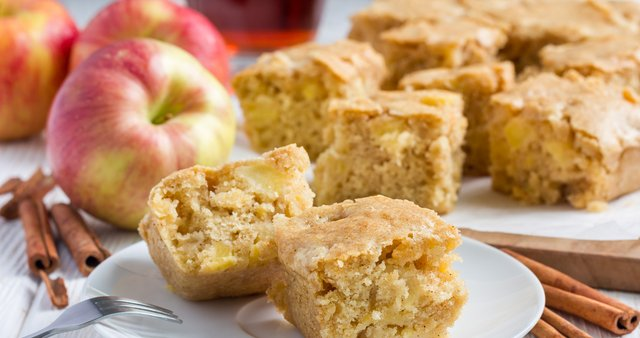 Hitro pecivo z jabolki