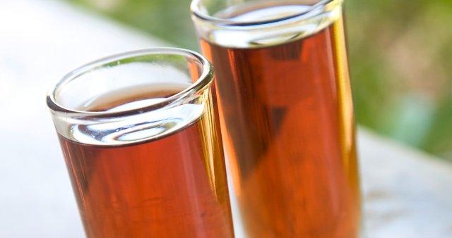 Rum z medom