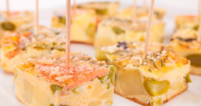 Fritata z grahom in lososom