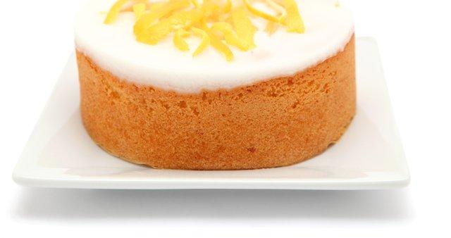 Preprost limonin kolač