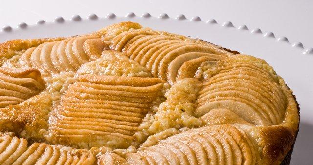 Francoska jabolčna pita z mandlji