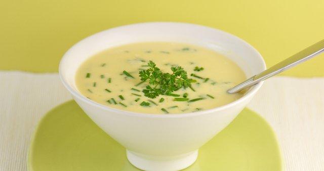 Jajčno limonina juha
