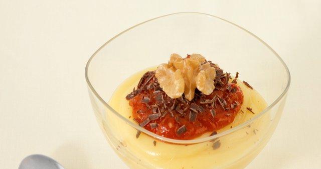 Bavarska krema s paradižnikovo marmelado