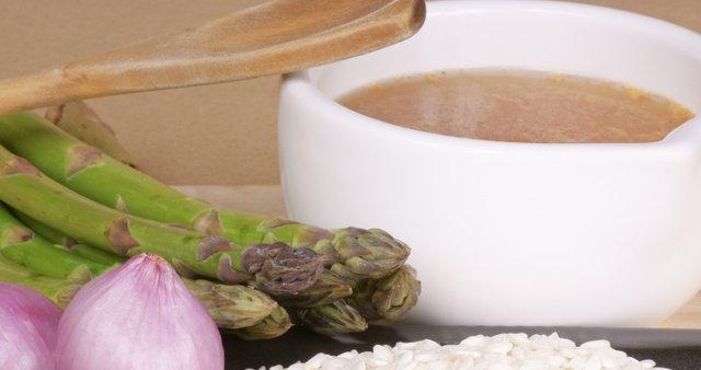 Riževa juha s šparglji
