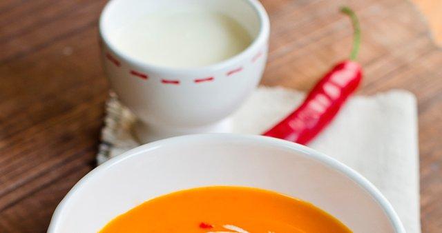 Bučna juha s čilijem