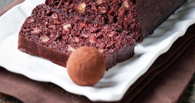 Božični čokoladni kolač z oreščki