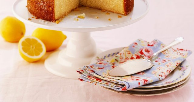 Limonino-mandljev kolač