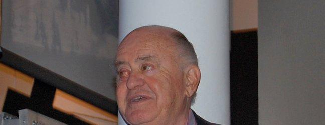 Umrl je eden največjih pionirjev računalniške tehnologije - 2