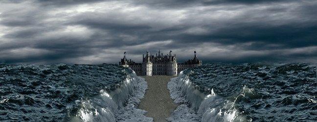 morje se razmakne