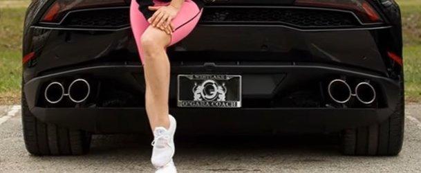 lady gaga in njen avto