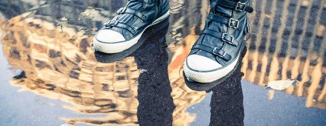 Čevlji in dež