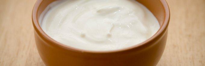 Jogurt z jabolčnim kisom