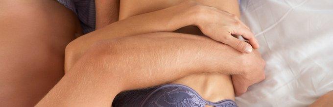 Par v postelji - 1