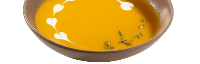 Bučna kremna juha s smetanovimi srčki