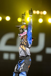 x-fighters dubaj - 5