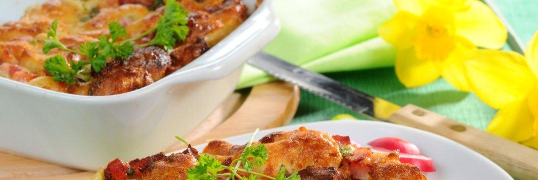 Kruhov narastek s prekajenim mesom