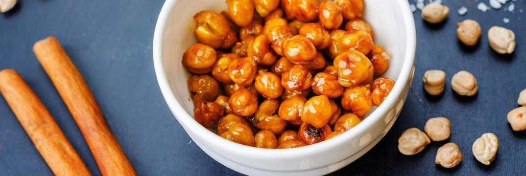 Pečena čičerika z medom in začimbami