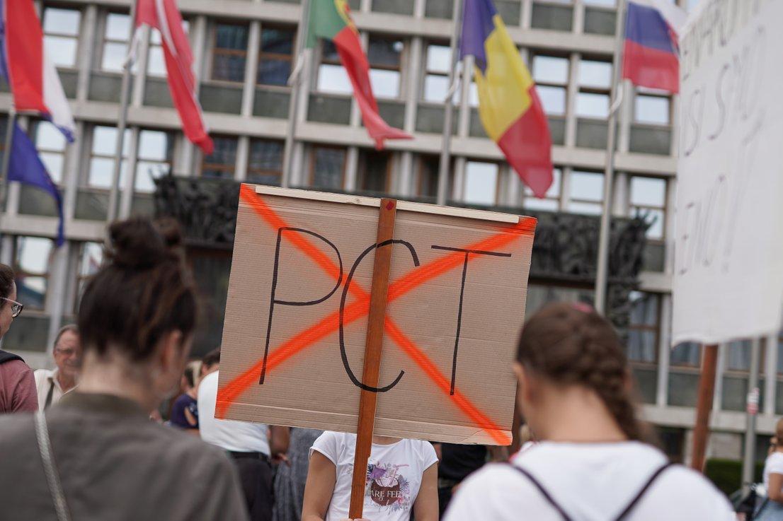 Protest na Trgu republike