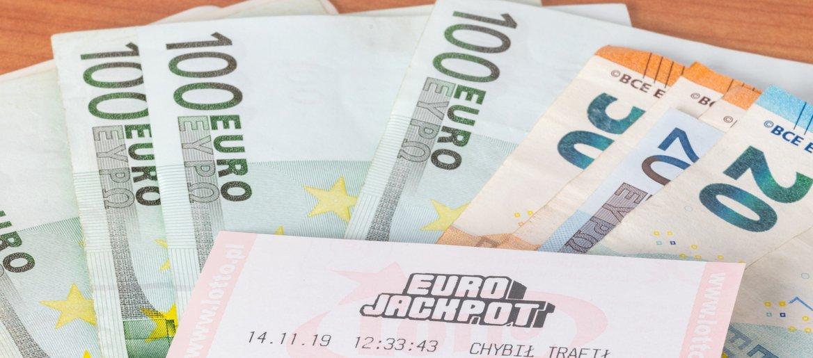 Eurojackpot: nekdo je pravilno označil 5+0 kombinacijo. Koliko bo dobil?