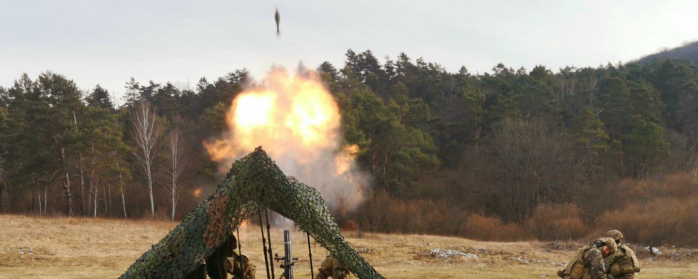 Izzivi za ostrostrelce, noč za minometnike in požar, ki je ustavil dve vojski