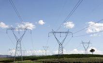 Za izpad elektrike na dolenjski zanki kriv pretrgan vodnik