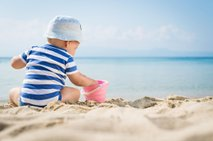 Kaj vse spakirati za prvi dopust z dojenčkom?
