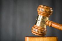 Od 14 obdolženih goljufanja pri tehničnih pregledih 11 že spoznanih za krive