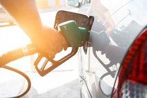 Končno cenejši bencin in dizel