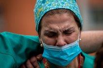 Zaposleni, ki gredo zaradi koronavirusa v službo v strahu za življenje
