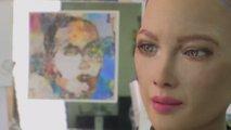 Robotinja Sophie narisala digitalno umetnino, ki so jo prodali za 585.000 evrov