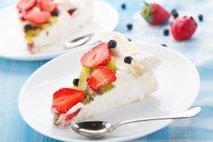 Kako porabiti beljake, ki ostanejo od peke pustnih dobrot?
