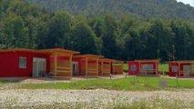 Pristojne službe so se že sešle glede kampa Zavašnikovih
