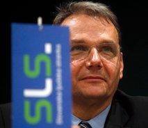 SLS vladi postavil ultimat: Do 21. ure sprejmite odlok