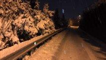 Slovenijo zajel sneg: podrta drevesa ovirala promet, številni ostali brez elektrike