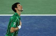Mojster ostaja mojster: Nole rešil tri zaključne žogice Monfilsa in se uvrstil v finale Dubaja