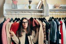Pet korakov do 'garderobne kapsule', ki vam bo prihranila čas in denar