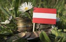 Otroci delavcev, ki živijo v Avstriji, dobijo 114 evrov. Otroci, ki živijo v Sloveniji, prejmejo 90,06 evra