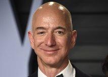 Bezos zaradi donacije tarča kritik: Toliko zaslužiš v petih minutah