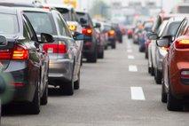 Bo zaradi višjega davka prodaja vozil upadla?
