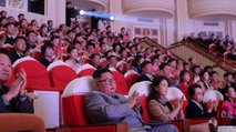V javnosti se je pojavila teta Kim Džong Una, očitno je preživela 'čistke'