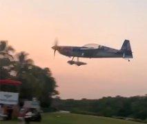 Trije mrtvi v nesreči letala Red Bulla v Gvatemali