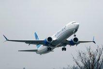 Nov glavobol za Boeing: 737 max še vsaj šest mesecev na tleh