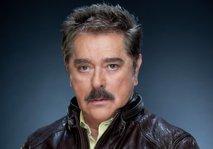 Zaradi covida-19 umrl legendarni igralec mehiških telenovel