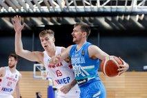 Slovenski košarkarji gladko opravili s Hrvati