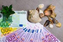 Turistični boni: 200 evrov za vse polnoletne, za mlajše 50 evrov